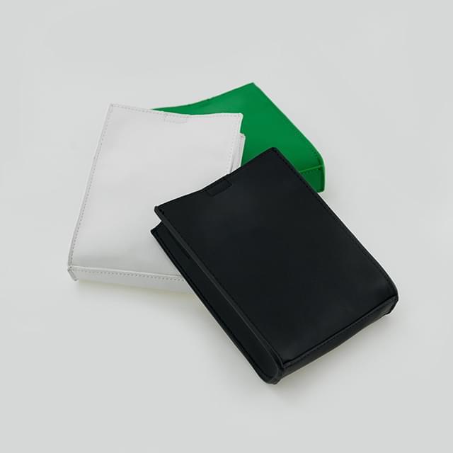 concise minimal bag