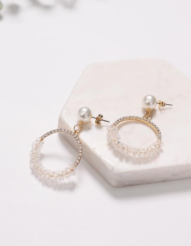 Twinkle earrings at first sight