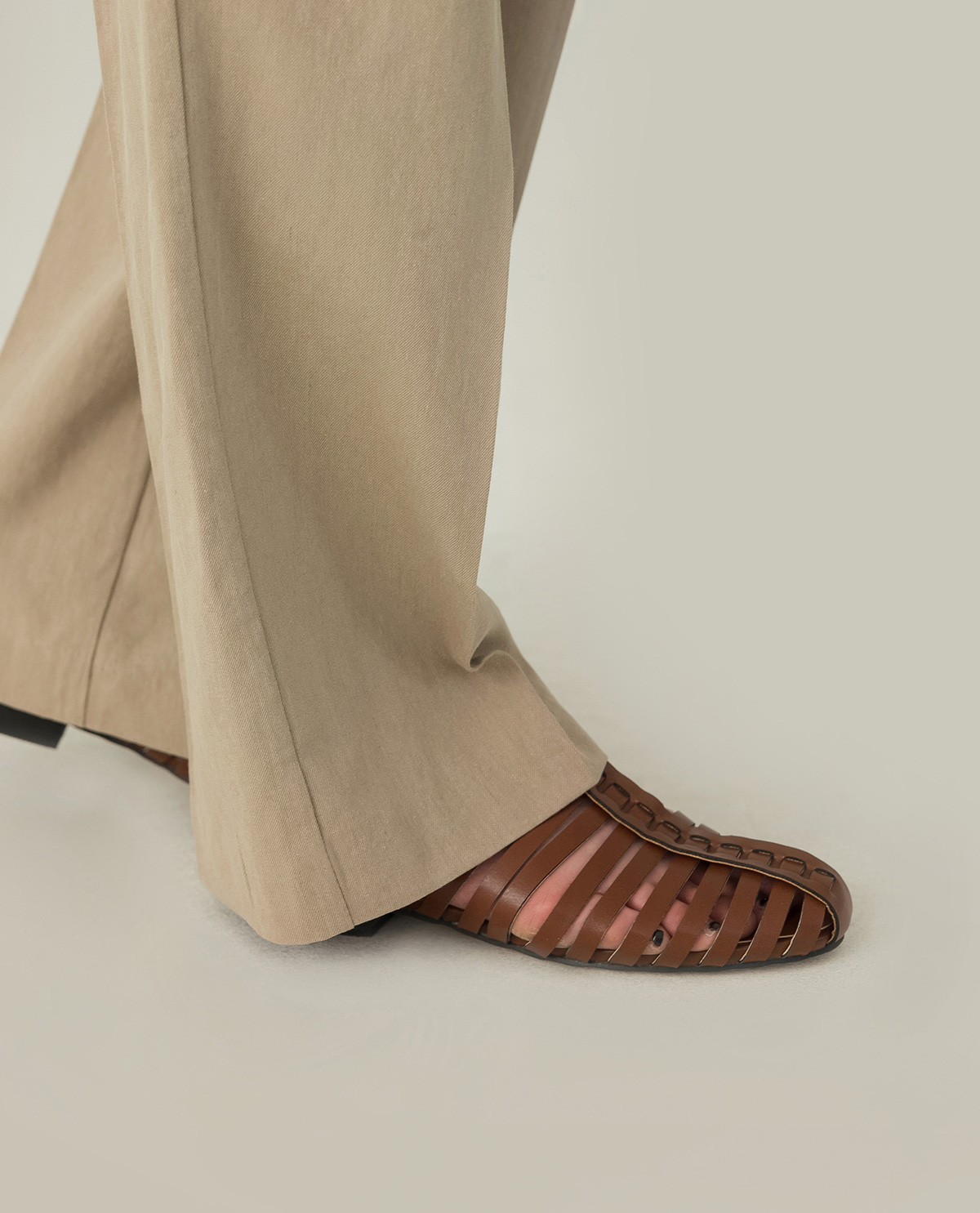 natural mood linen slacks