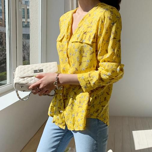 Vico flower pearl blouse