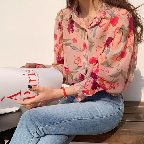 Shearing Puff Flower Blouse