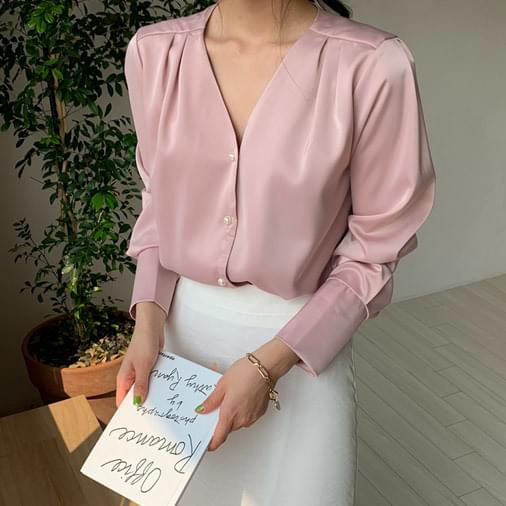 Pearl soft pearl blouse