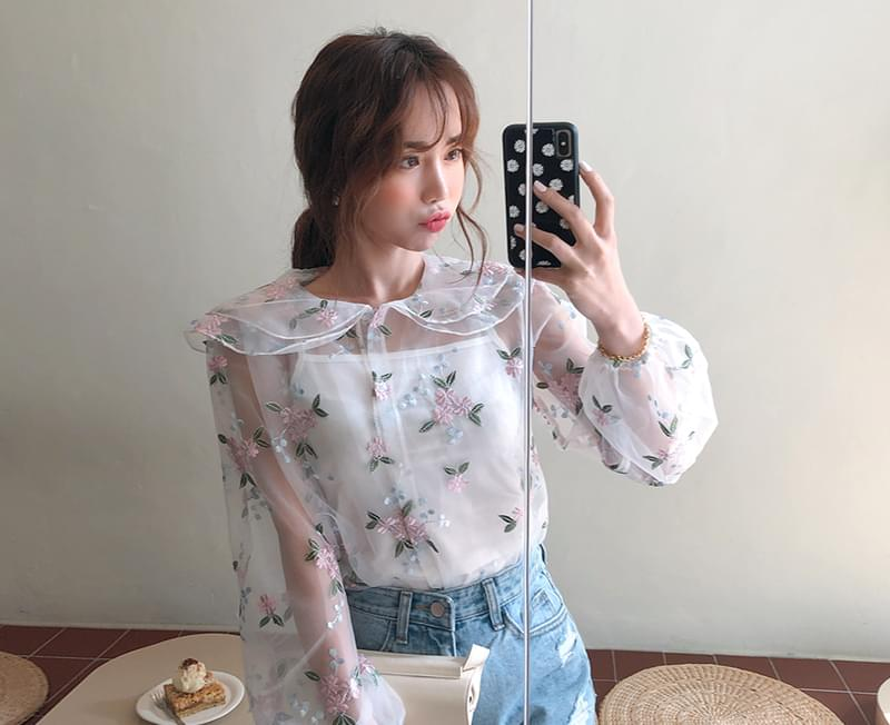 Double Color Embroidery Blouse + Sleeveless SET