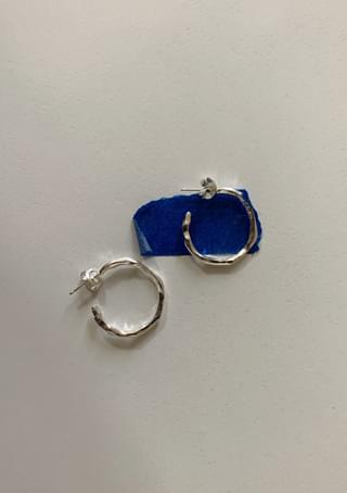 atypical ring earrings