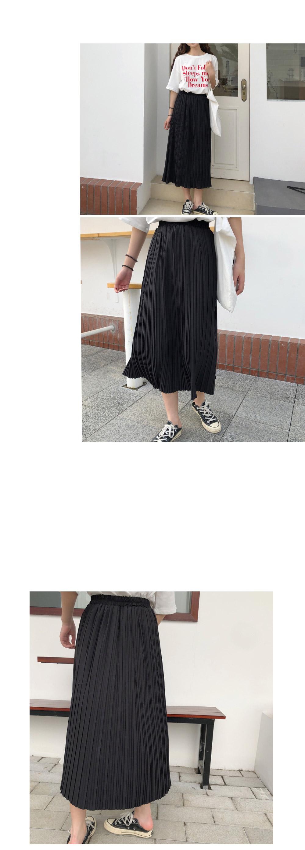 Off-Pleat Skirt
