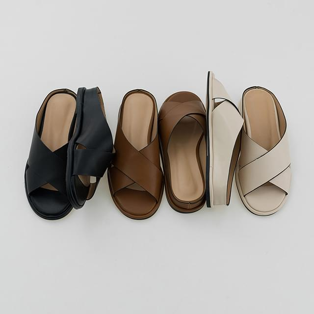 3 color simple strap sandal