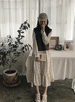 Print dot dress