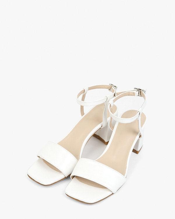 plain simple strap heel (225-250)