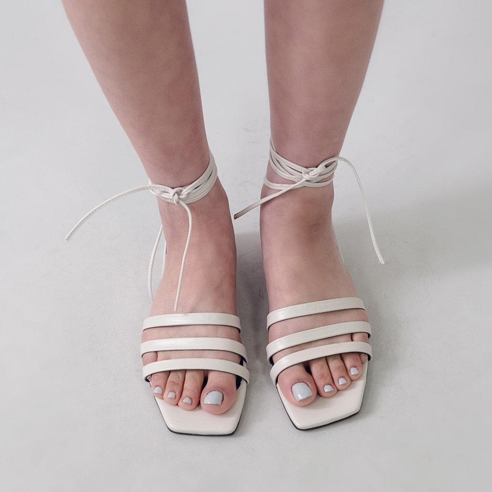 Shearing Strap Shoes