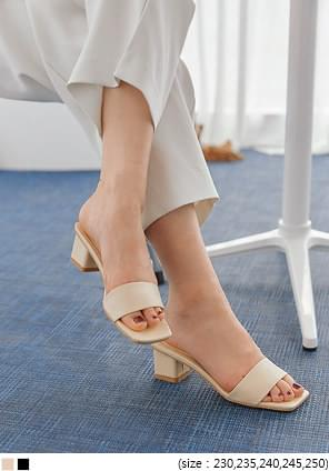 GELINA SQUARE MIDDLE HEEL