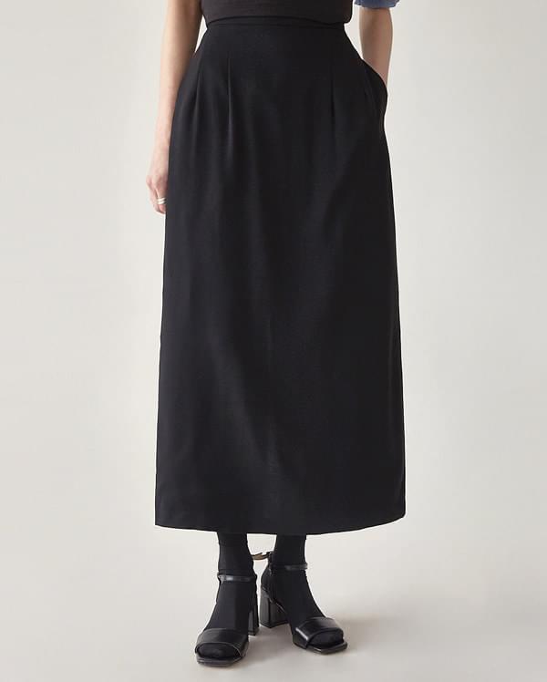 eight slit H-line skirt