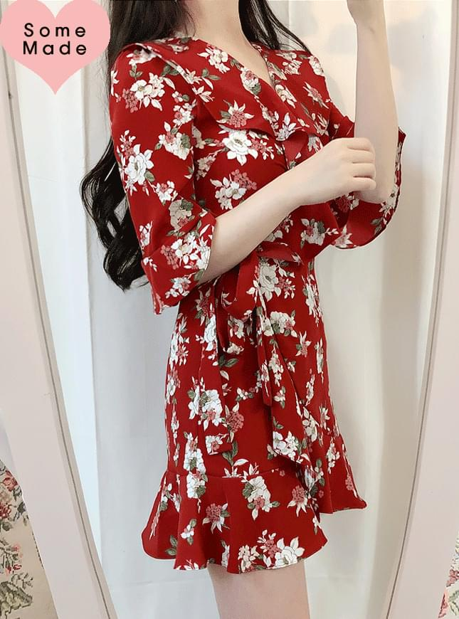 Self-produced, same day shipment ♥ Deer frilly wrap dress