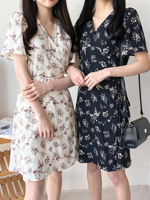 Hakuna Flower V neck dress