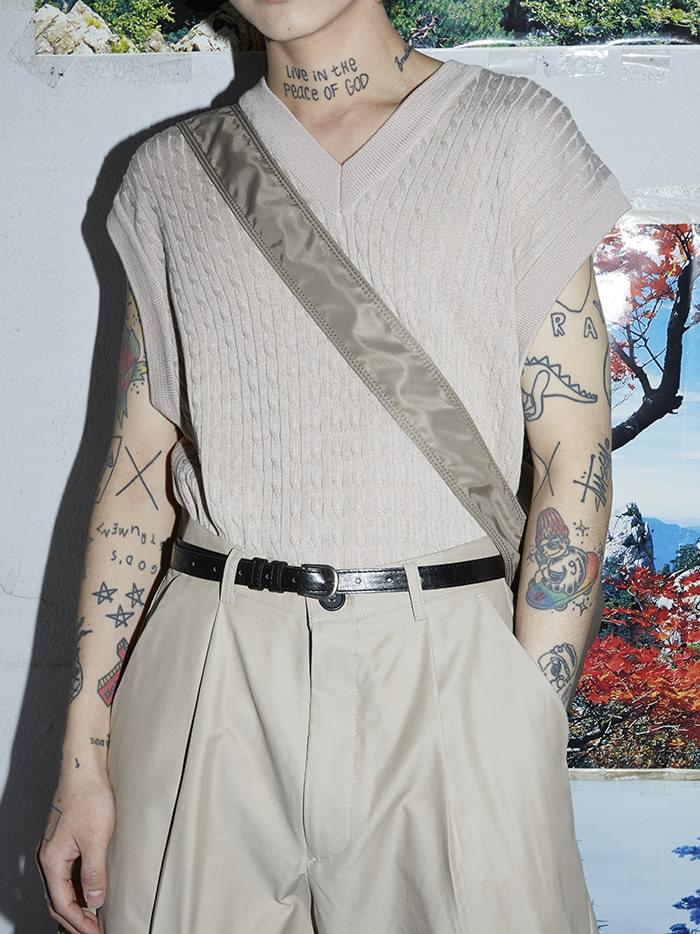 soft v-neck knit vest - men