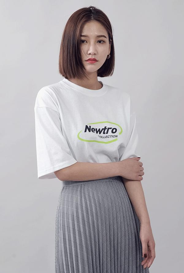 Neutro lettering box T-shirt