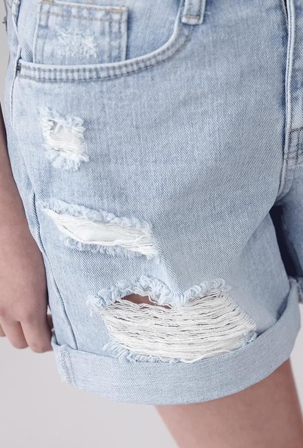 Damage roll-up pants
