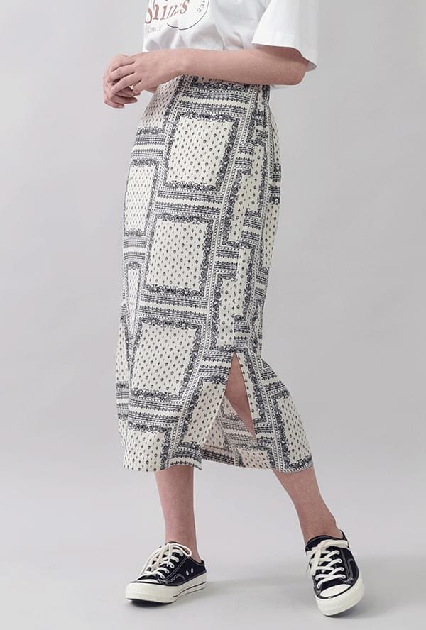 Vintage pattern skirt skirt
