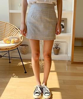 Full checked skirt pants