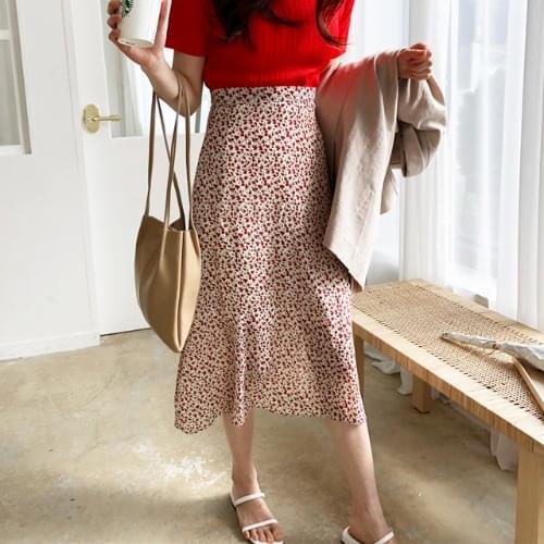Cherry Mouth Chiffon Skirt