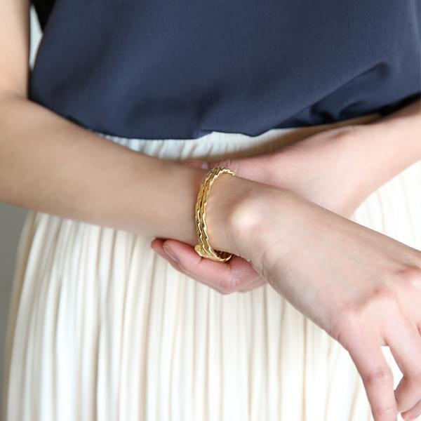 String Gold Bracelet