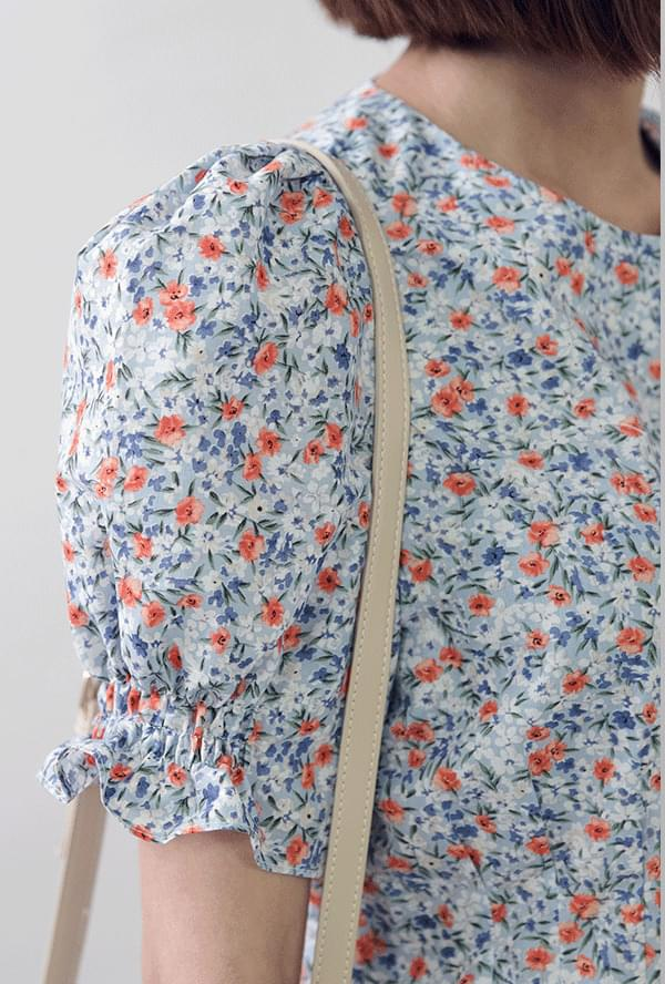 Puff sleeve flower mini dress