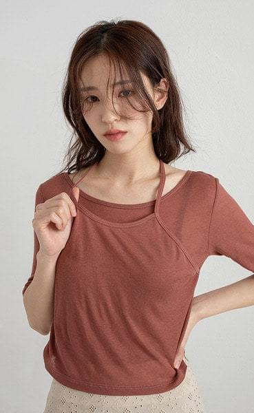 Cookie layered halter round neck T-shirt