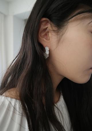 kitsch ring earrings