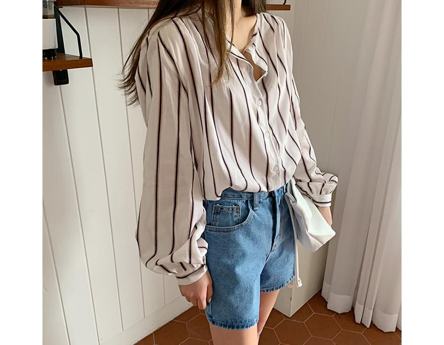 Stripe round-neck shirts_B