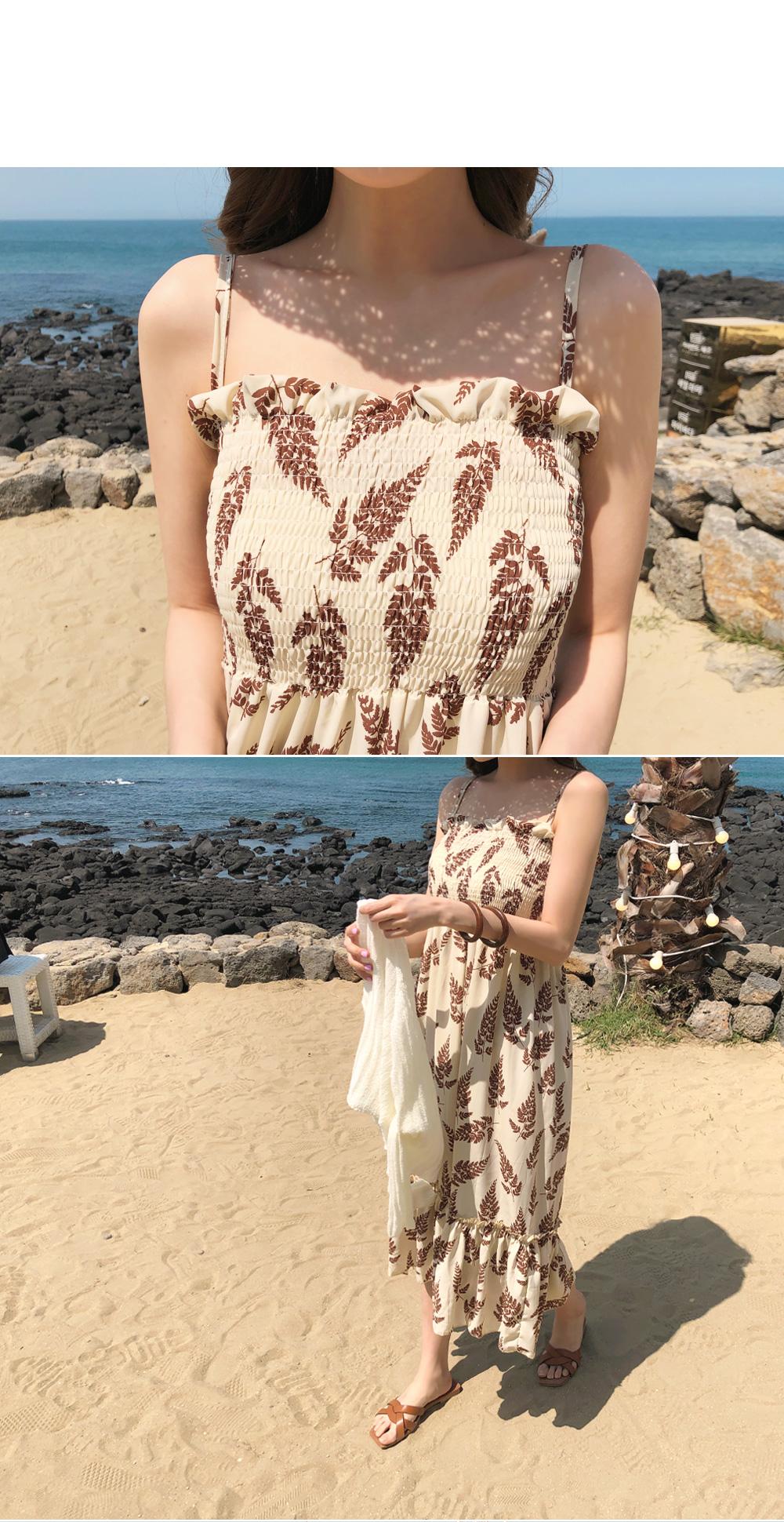 Leaf smoked dress