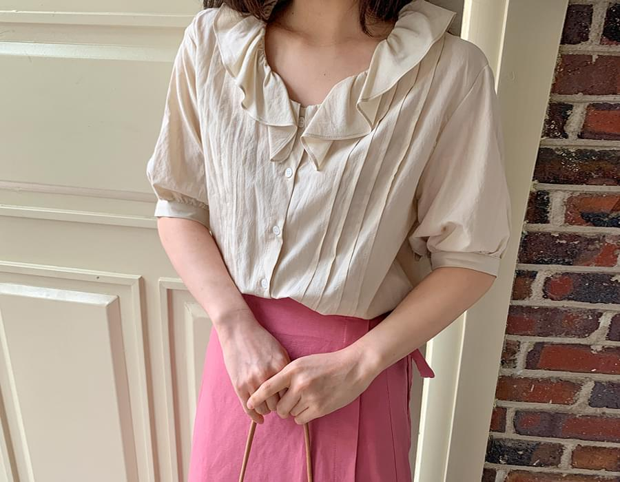 Blanc frill pintuck blouse_H