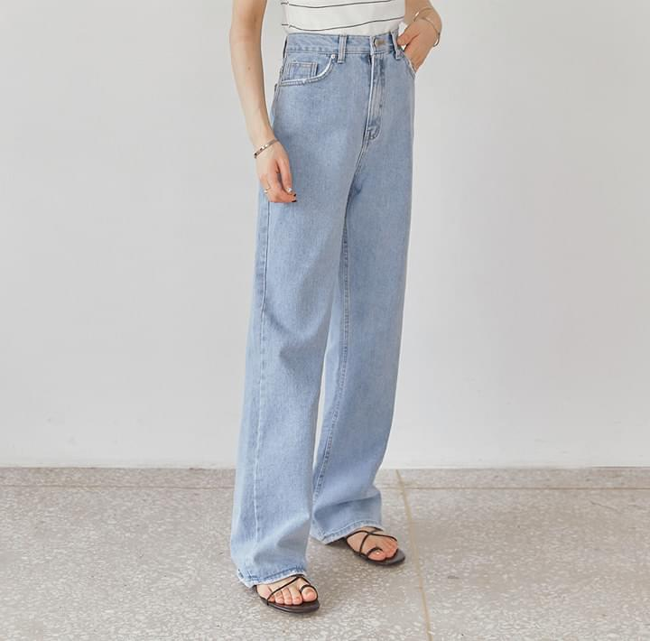 DELLA DAMAGE WIDE DENIM PANTS