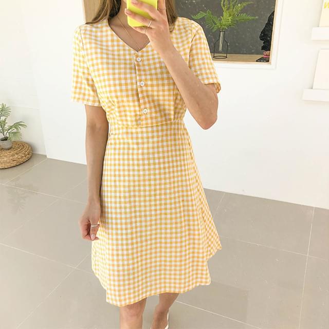 Check Mellow Button Dress