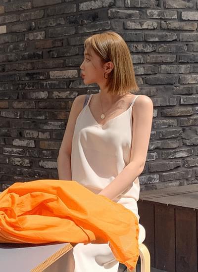 韓國空運 - Shani Simple Sleeveless Dress 及膝洋裝
