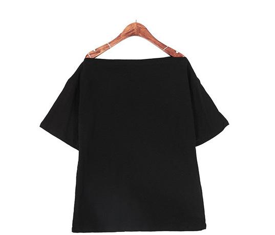 Off-Shoulder Slab T-shirt