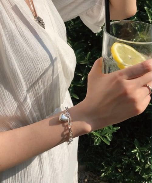 luv love bracelet
