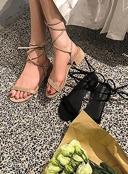 Summer strap sandals