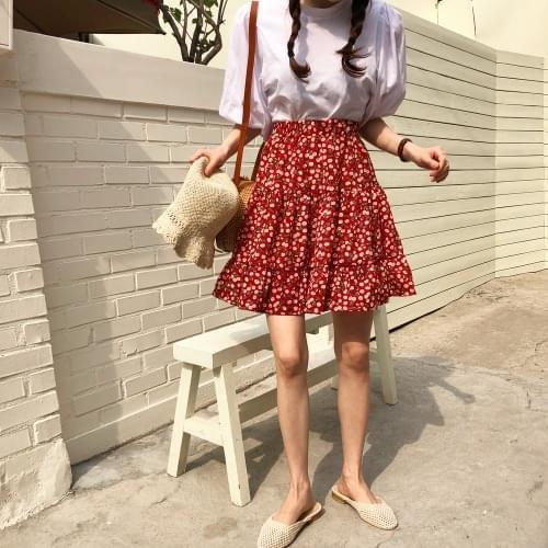 Cherry flared skirt