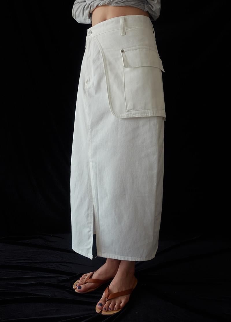 Pocket midi skirt