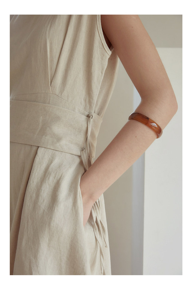 flow linen sleeveless ops
