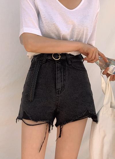 Chicky black denim shorts