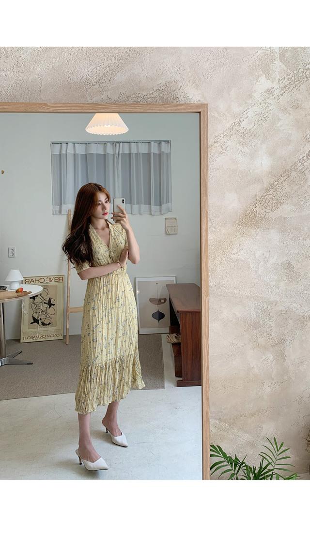 Mori Wrinkle Flower Long Dress
