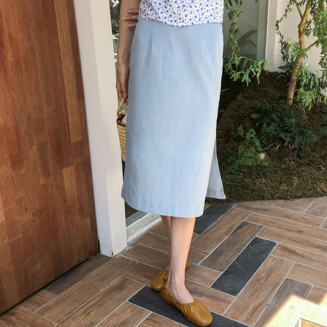 Linen trim skirt