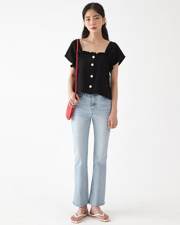 wave frill button blouse
