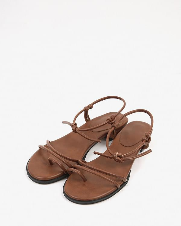 string flip flop sandal (225-250)