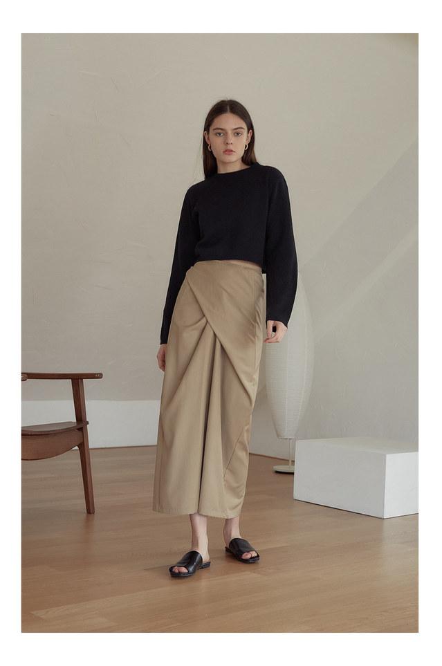 standing twist wrap skirt