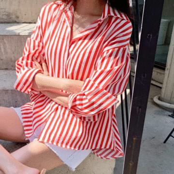 Use striped shirt