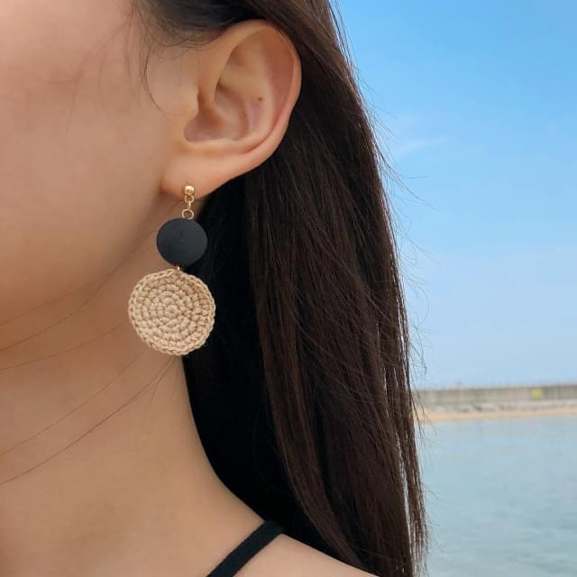 wood circle knitting earring