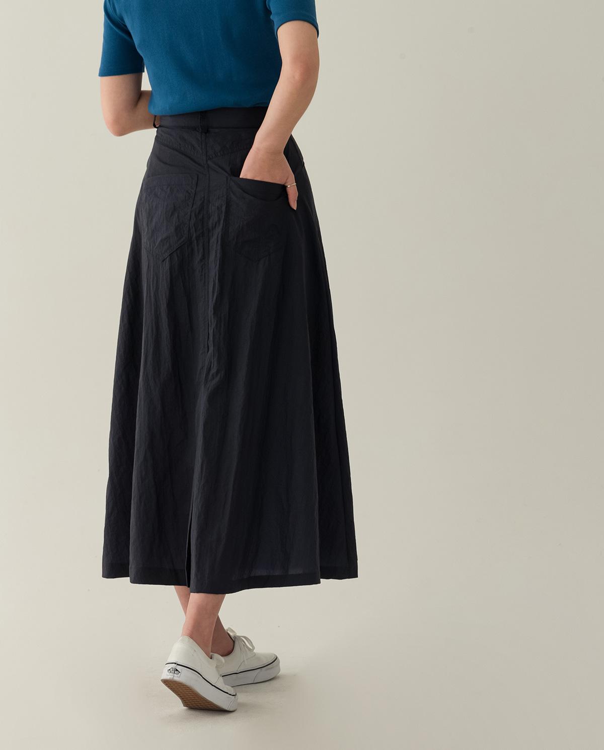 A-line wrinkled long skirt-sk