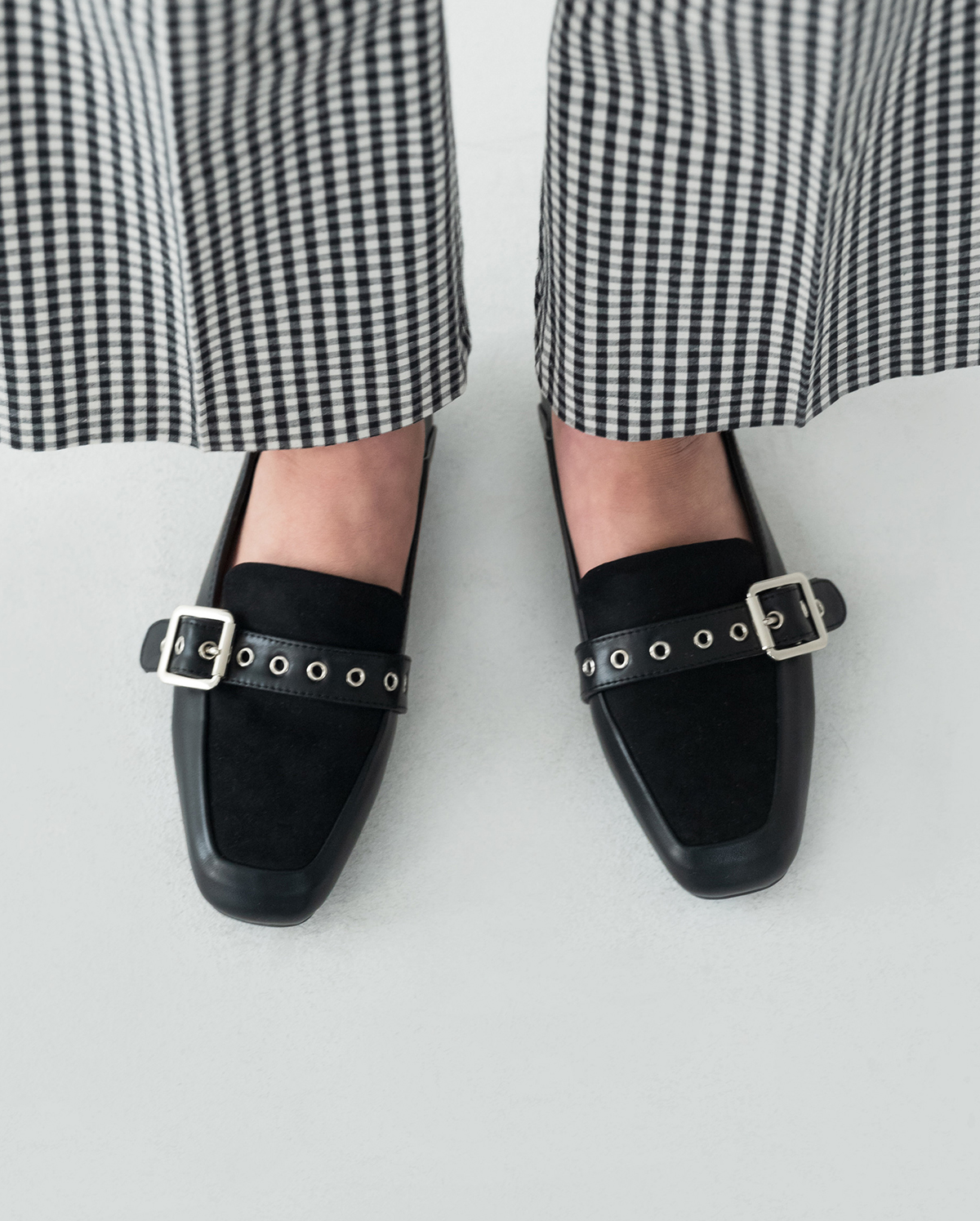 awesome buckle loafer