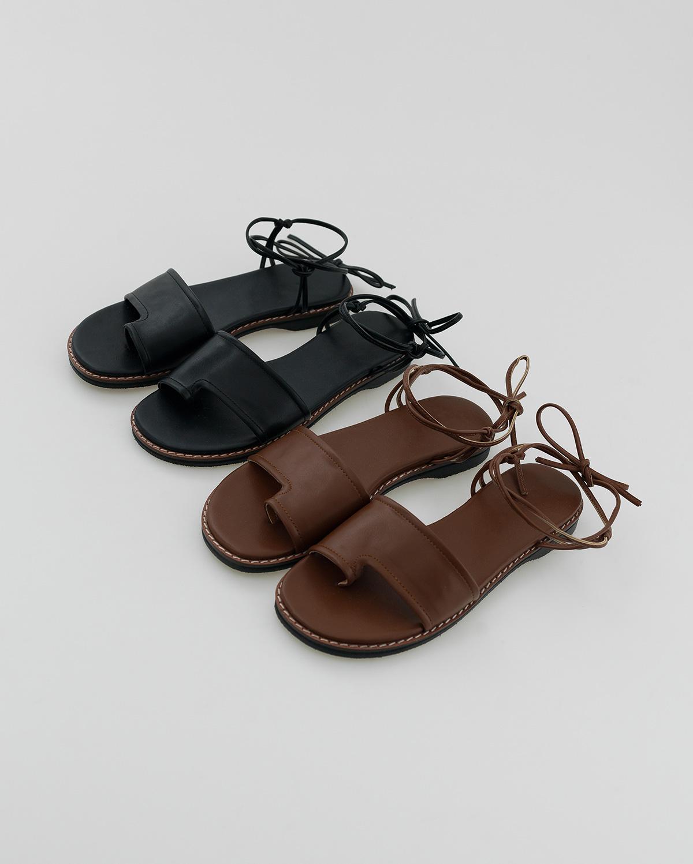 minimal strap sandal